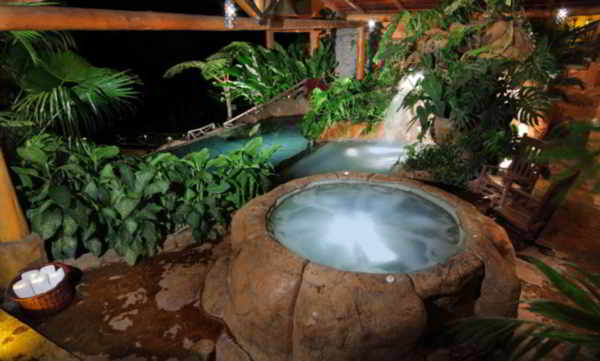 Peace Lodge Jacuzzi