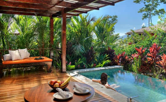 Top 9 costa rica honeymoon bungalows suites for Pool design costa rica