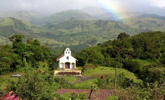 Villa Blanca Cloud Forest Hotel chapel